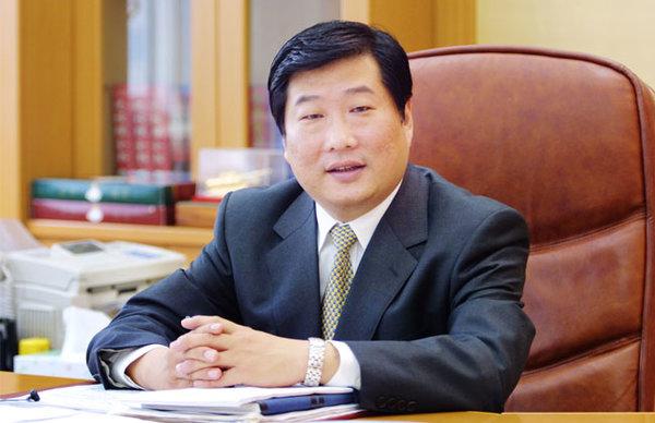 """潍柴""""谭大胆""""入主中国重汽,会给行业和重汽带来哪些影响?"""