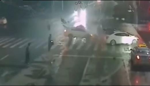 油罐车浓烟滚滚该怎样预防保证安全?
