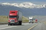 物流公司看过来! 卡车油耗标准越来越低,这样真的降低成本了吗?