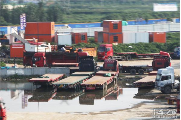 多地降低过路过桥费取消4.5吨货车许可