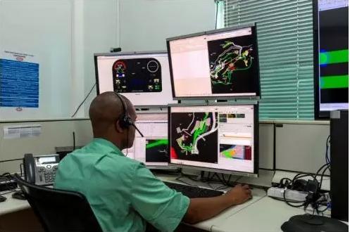 淡水河谷矿山在巴西首创使用自动驾驶卡车运营