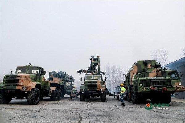 乌克兰建立新型军用卡车组装线竟全用中国发动机你敢信?