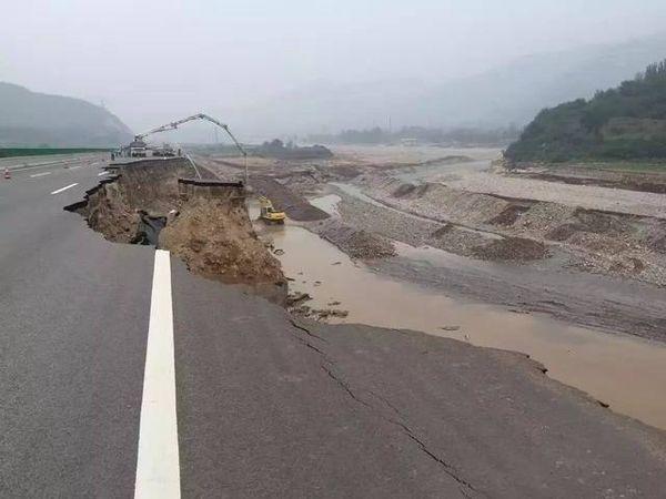 山竹过后,广东全省所有高速路已恢复通行港珠澳大桥一切正常!