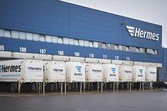 奔驰交付首批eActros全电动重载卡车
