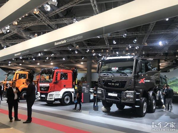 """2018汉诺威车展:德国曼9台车组团参展,各个""""身怀绝技"""""""
