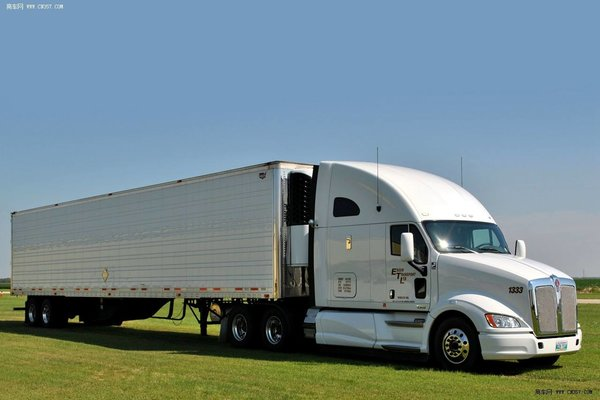 """自动驾驶是否会给美国卡车司机彻底""""判死刑""""?"""