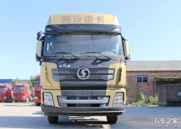 门镜颜值高,外摆镜更实用,作为卡车司机你会选哪个?