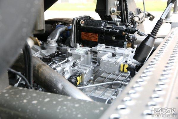 选择了重汽T7H智能卡车除了看重智能配置还有这些话要说