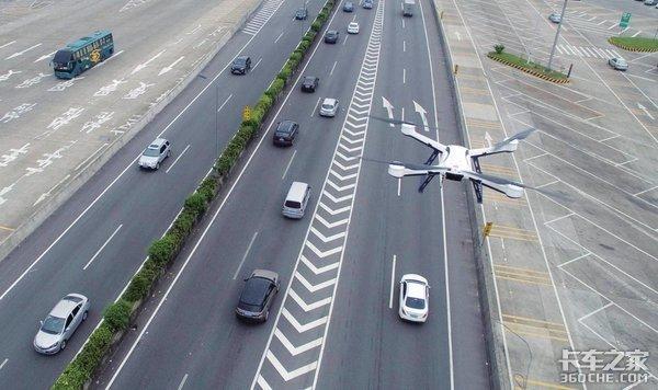 无人机抓拍违章,刷车牌就能过收费站,智慧交通时代已经来了