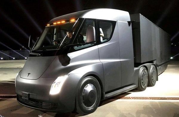 特斯拉电动卡车预定用户证实:2020年才能收货