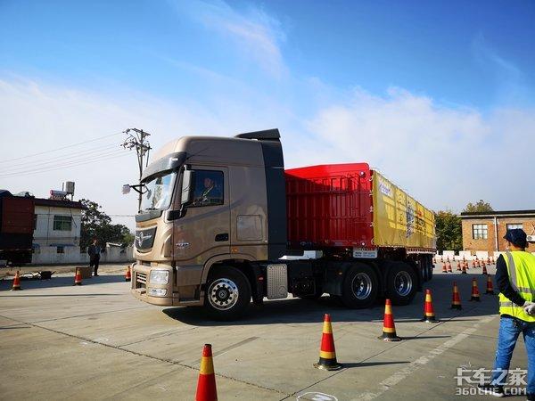 新天龙KL亮相郑州获471台订单天龙哥半决赛落下帷幕