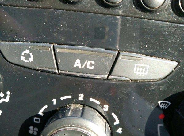 冬季卡车除雾招式大比拼,你会选择哪种