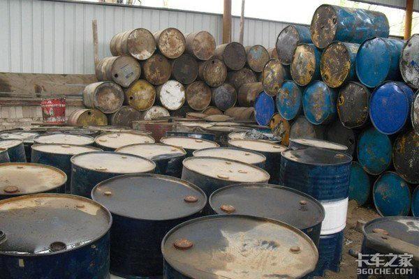 扒扒偷油那些事:不加小油你就是在为打击盗油产业链做贡献!