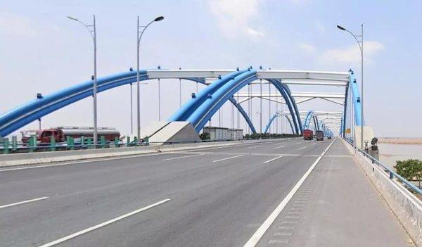 限高限载:11月20日起开封黄河公路大桥限高2.6米、限载27吨