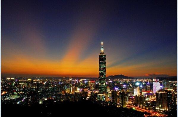 卡友圈大事件,乘龙买单免费游宝岛台湾