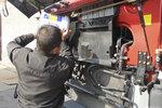 冬季行车,卡车冷却液绝对不能用水代替