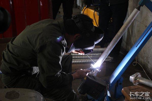 部队里走出的汽车兵他现在做出了卡车行业里最好的油箱加热器