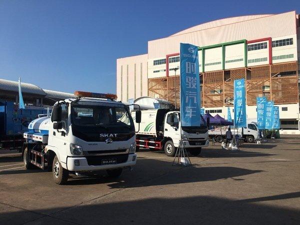 卡车晚报:北京将建自动仓储分拣中心;解放J7获'2019年度卡车'大奖