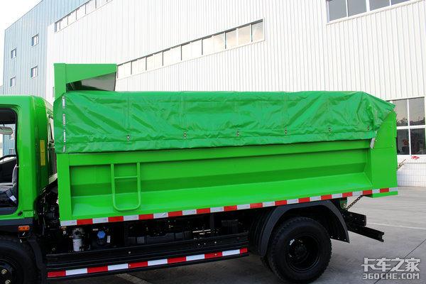 U型货箱+篷布环保盖时风风驰自卸图解