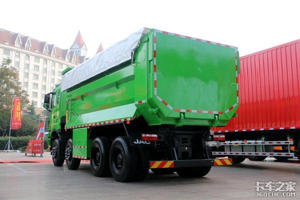 K7同款内饰全新格尔发K5自卸车实拍,国六排放更环保