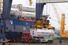 首批全部LNG罐箱承运任务胜利完成