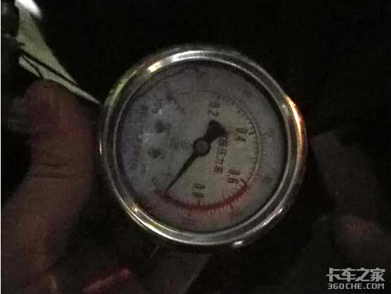 欧曼GTL牵引车爬坡没劲?可能是康明斯尿素泵出了问题