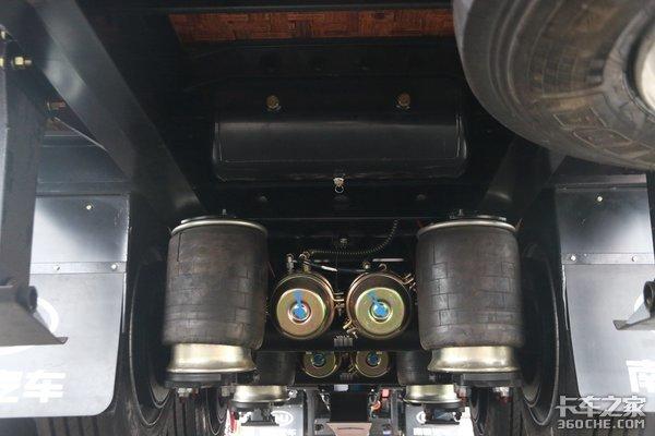 最大容积112立方米!南骏中置轴列车来了,带空气悬挂