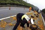 卡车事故货物被哄抢,正义会不会缺席?