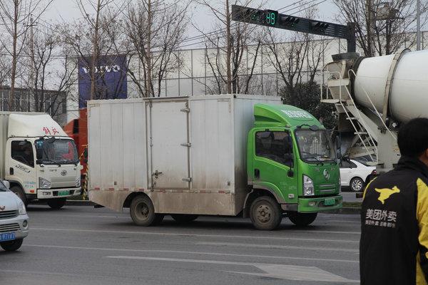 西安纯电动车调查:陕汽车型出镜率最高