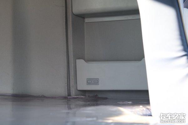 欧曼EST-A2019款超级重卡曝光