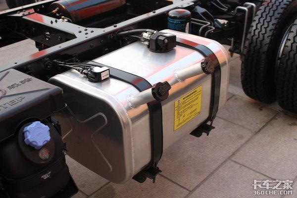 双腔油箱带加热趣说唐骏T7绿超人轻卡