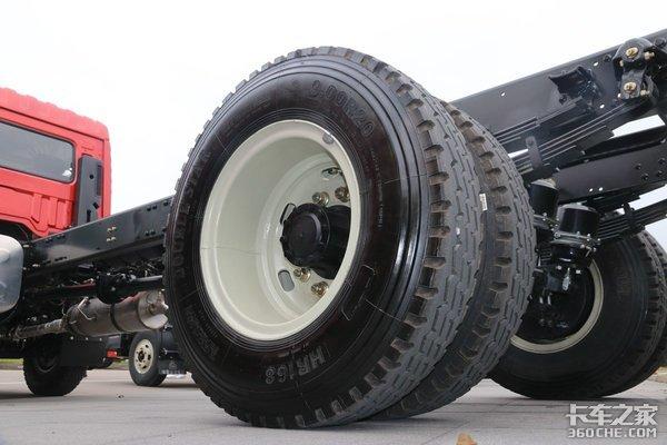 低大梁设计提升容积豪曼中卡装国六云内220马力!