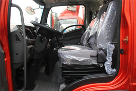190马力+国六排放 看奥驰V6有何秘密武器以轻卡车身挑战中卡车型