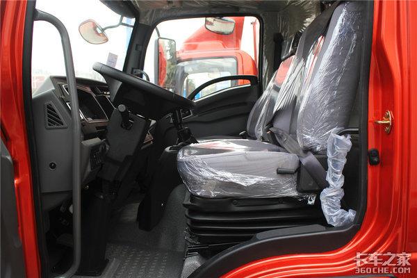 190马力+国六排放看奥驰V6有何秘密武器以轻卡车身挑战中卡车型