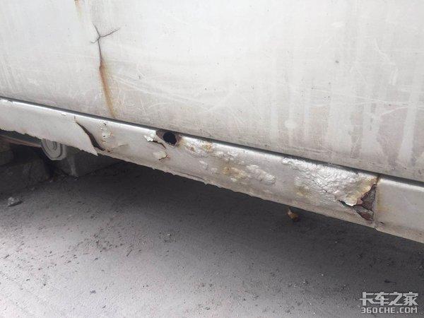 """卡车得了""""牛皮癣"""",放任不管很危险"""