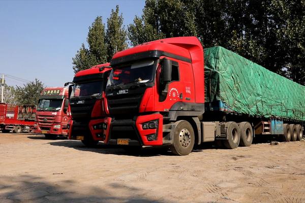 半年多跑了13万多公里江铃威龙重卡车主访谈