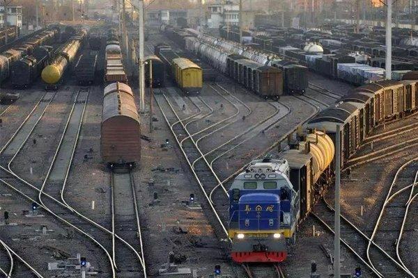 物流八卦:陕西危化品运输车违法大整治