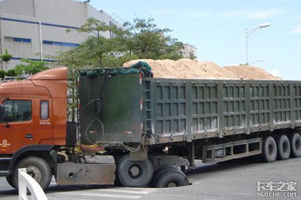 卡车为啥越来越遭人厌?是因为百吨王超载?随意闯红灯?还是……