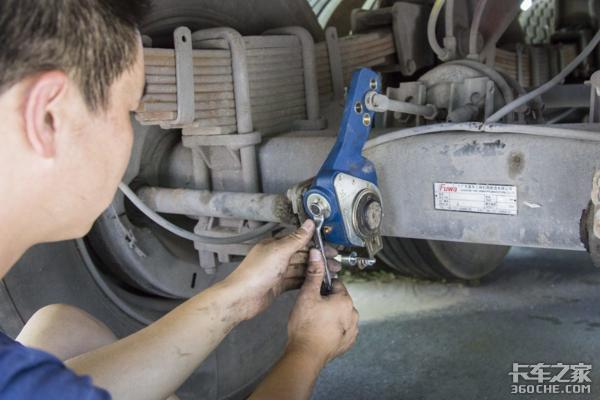 刹车系统关乎生命安全,日常勤俭重中之重