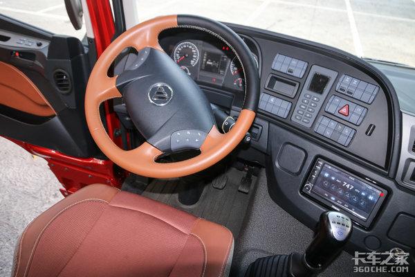 标载高速利器欧曼-潍柴430马力LNG重卡