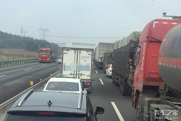 运费低、行情差,卡车司机全体呼吁:统一运费标准刻不容缓!