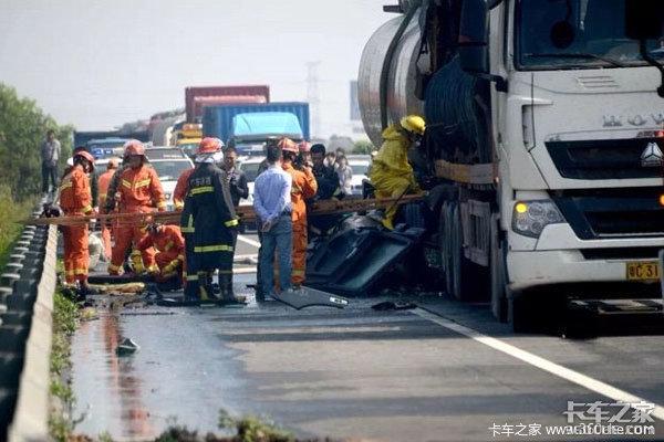 为啥国外货车事故比较少,国内的就这么频繁呢?根源就在这里……