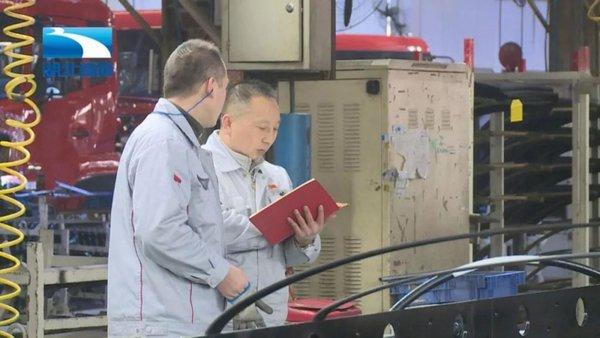 走近人大代表王建清:看两会时间他将为咱卡车人说点啥