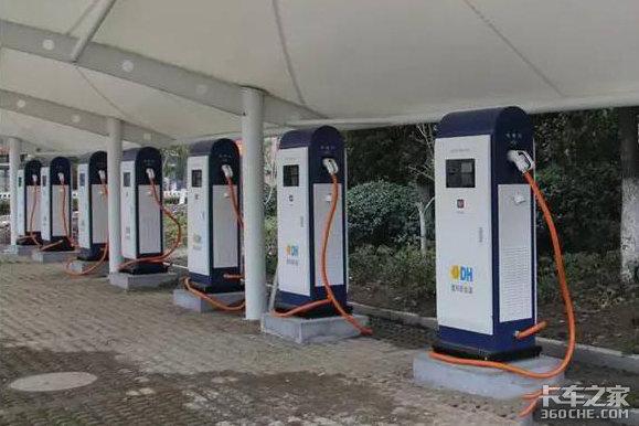 安徽:2020年货车上高速全部称重检测,建设电动汽车充电桩18万个