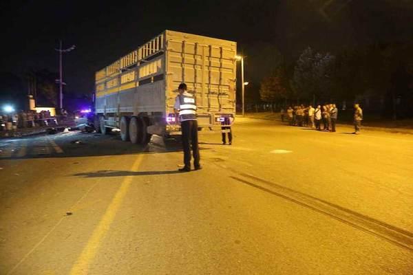西安一货车撞倒行人致重伤驾驶员逃逸后被抓获