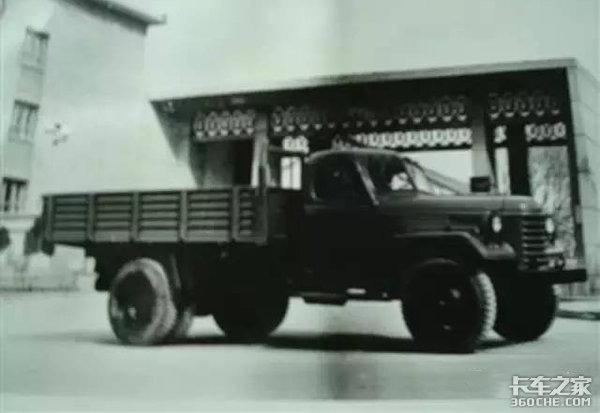 抄完解放抄东风,只活了30年,戏说青海湖牌卡车短暂的一生