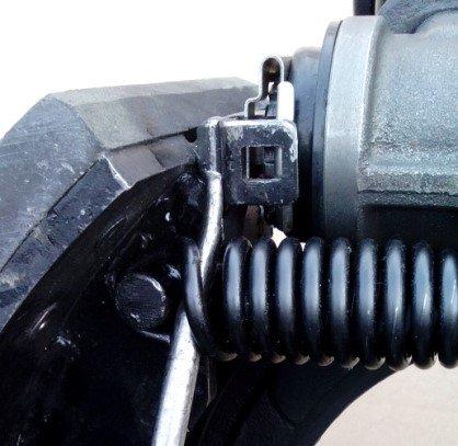 建议1万公里检查一次楔式制动器如何维护