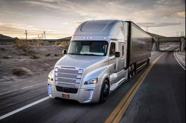 重卡自动驾驶技术的日渐成熟卡车司机这碗饭越来越难吃了?