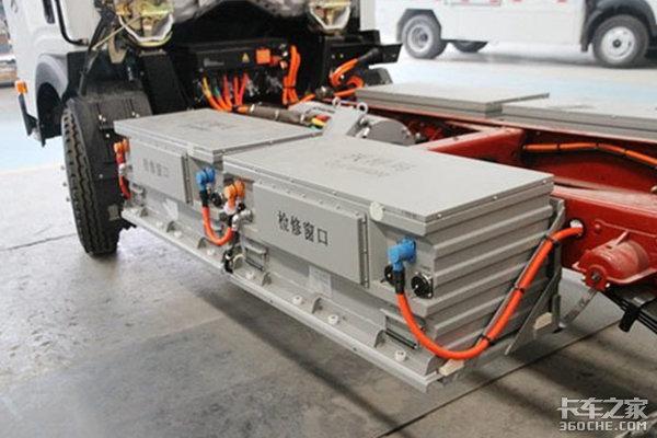 电池热失控引发自燃,新能源货车的安全性依然是个问题
