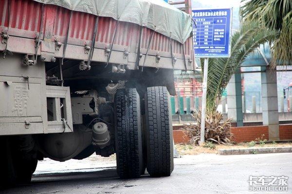 盘刹与鼓刹之争,卡车更适合哪一个?